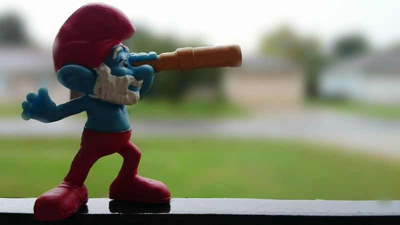 Papa Smurf On The Lookout