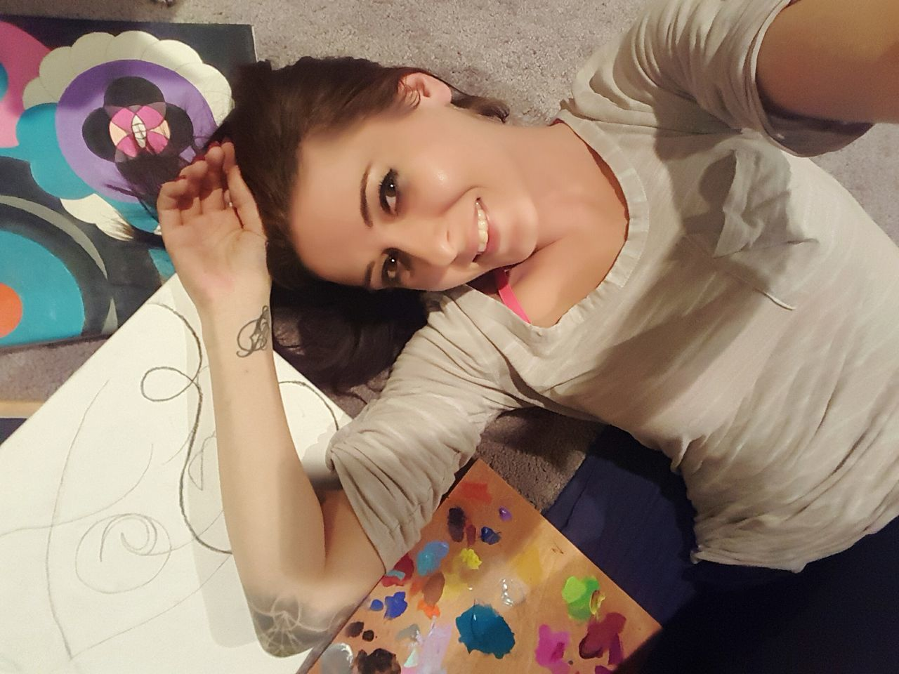 One Person One Woman Only Smiling Looking At Camera One Young Woman Only Young Adult Cheerful Only Women Portrait Adults Only Adult Happiness People Beautiful Woman Bed Enjoyment Young Women Indoors  Women Bedroom FaceShot Art Is Everywhere Arts Culture And Entertainment Artist Artistic Expression