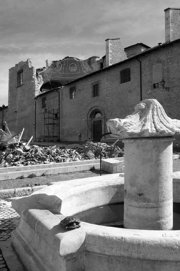 Fountain and church destroyed by the earthquake of L'Aquila Abruzzo Church Fountain L'Aquila Architecture Black And White Blackandwhite Building Exterior Built Structure City Destroyed Destroyed Building Earthquake Earthquake In Italy Earthquake L'aquila Italy Outdoors Rubble Ruin Ruined Building Ruins Architecture Sculpture Sky Tortoise Water