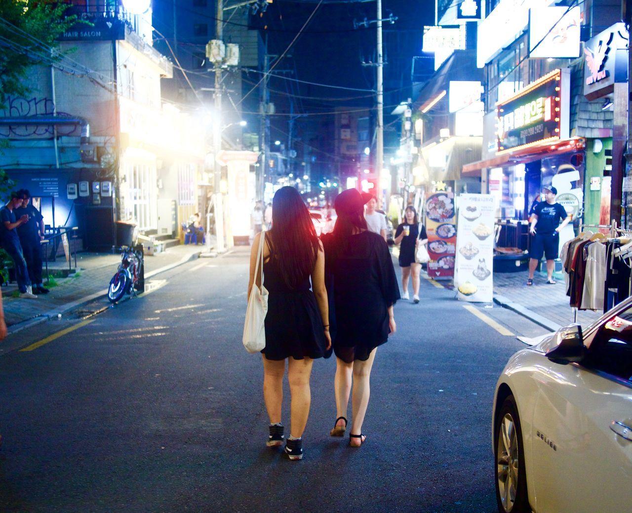 City City Life City Street Exploring The City Streets Girls Exploring Hongik Illuminated Night South Korea