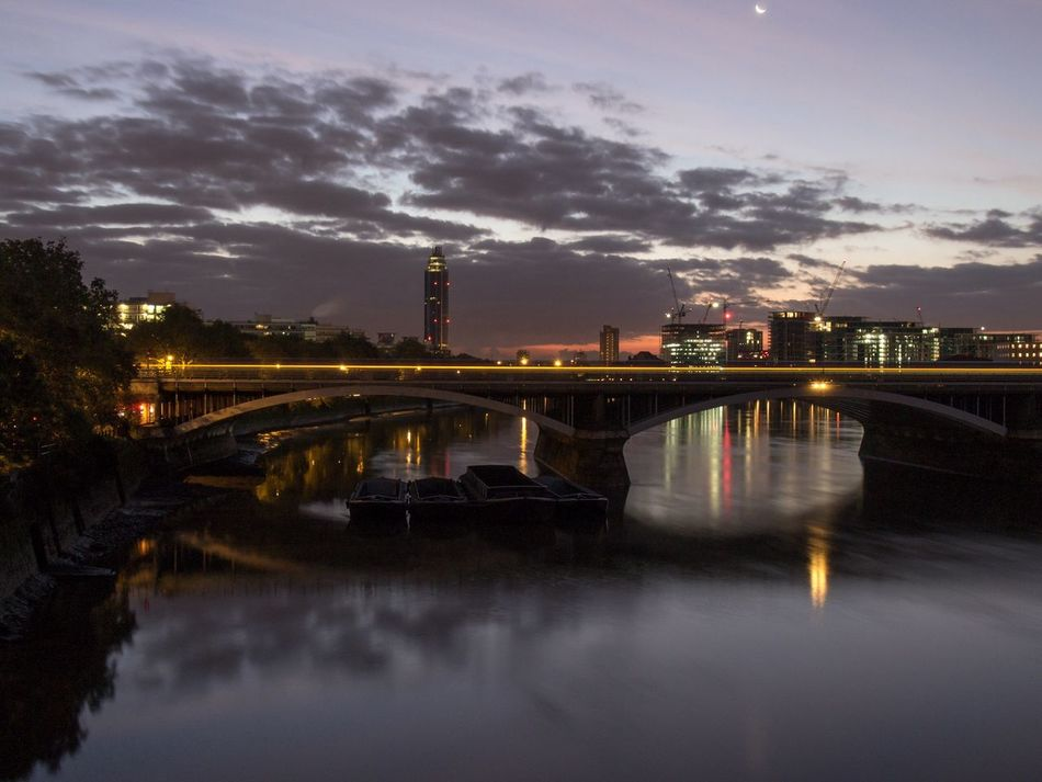 Dawn Approaching Dusk Till Dawn Nightphotography Cityscape Dawn EyeEmNewHere EyeEmNewHere