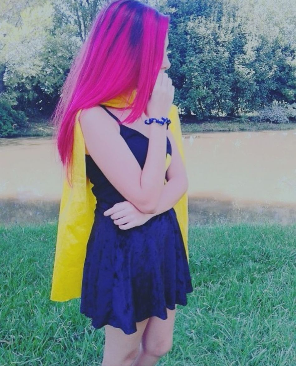 Super girl Fashion Dyed Hair Real People Standing Yellow Fucsiahair