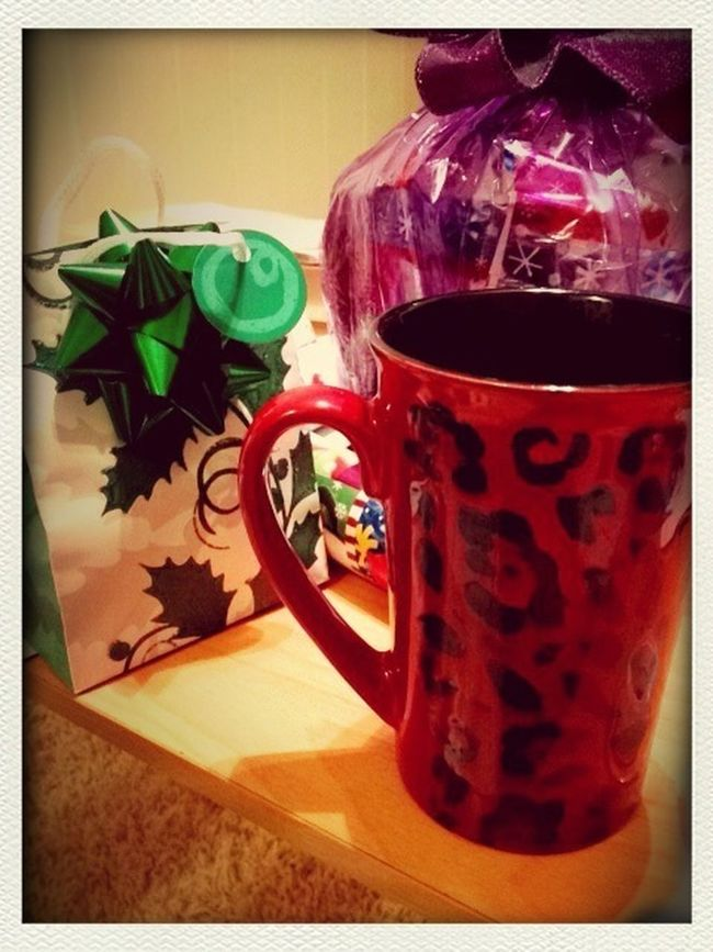 Sippin' On Some Tea & Wrapping Gifts