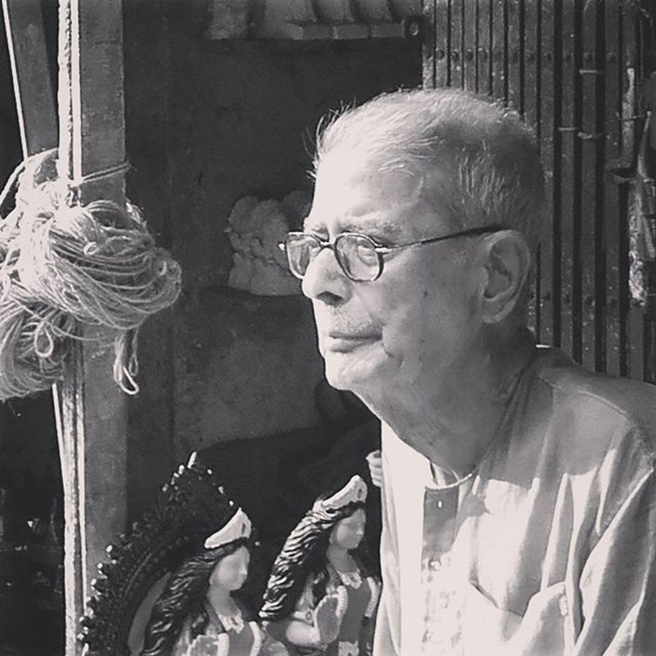 """When Grace is joined with wrinkles, it is adorable. There is unspeakable dawn in happy old age"". ~ Victor Hugo. . . . Oldage Retro Wrinkles Wrinkledsoles Wrinkledface FacesofCalcutta HumansofCalcutta Calcutta _cic Calcuttacacophony Bnw Bnw_captures Bnw_india Indiapictures India_clicks Instagram Capturingindia Monochromeindia Sokolkata Pother_pechali"