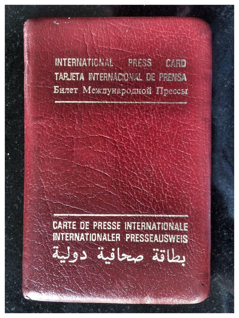 International Press Pass Gulf War Languages Access All Areas Periodista The Photojournalist - 2015 EyeEm Awards