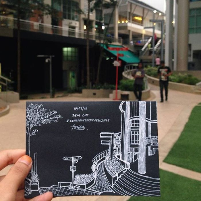 It's been a long time since the last time i sketched on black paper FAsketches Jayaone Vscocam Urbansketching Urbansketchers Art Architecture