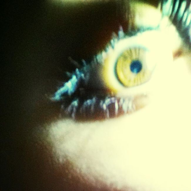 Yellow Eyes ! Wat? Lol I Wish It Was Like This All The Time