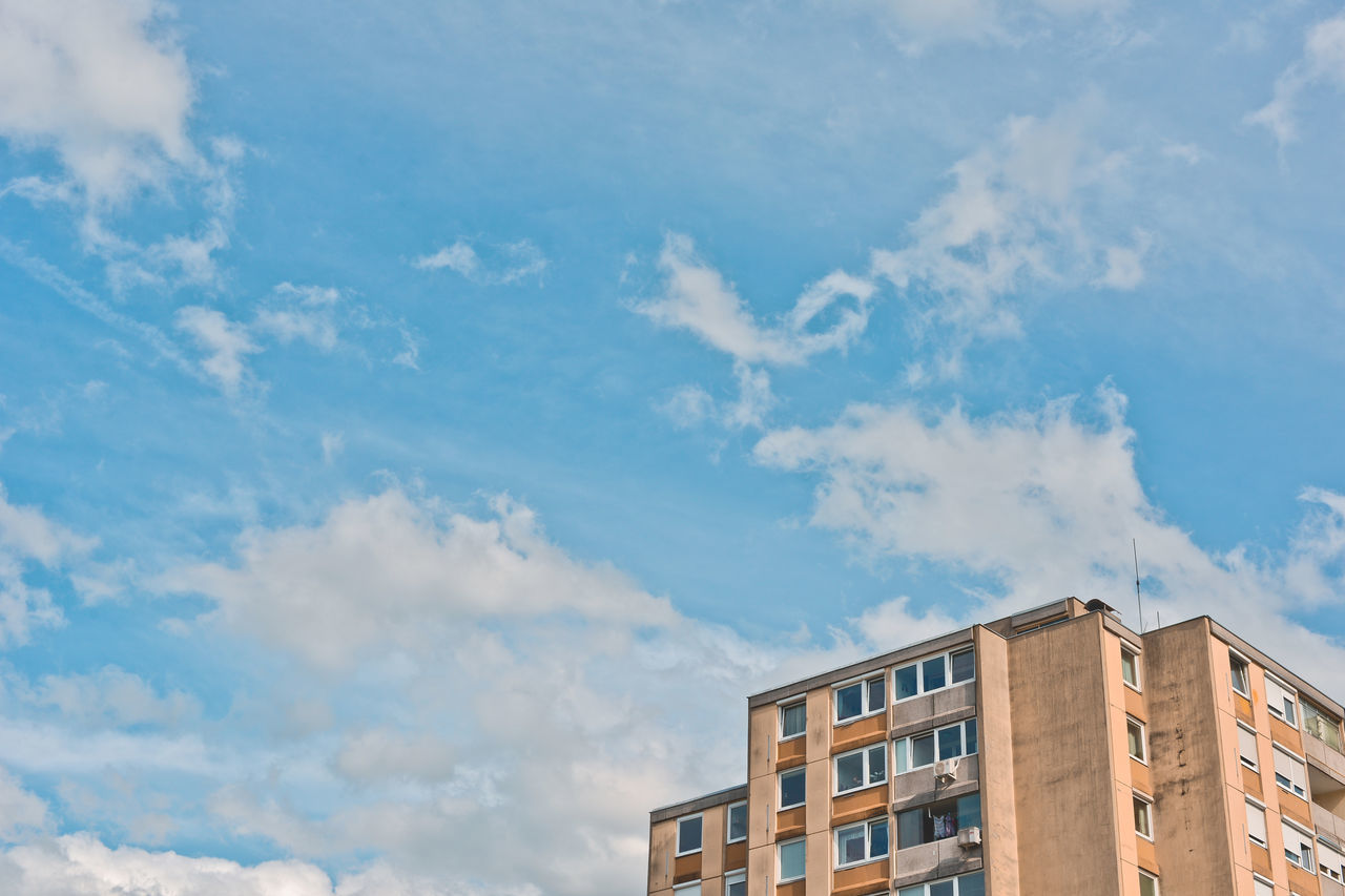 architecture, sky, cloud - sky, building exterior, built structure, low angle view, no people, day, outdoors
