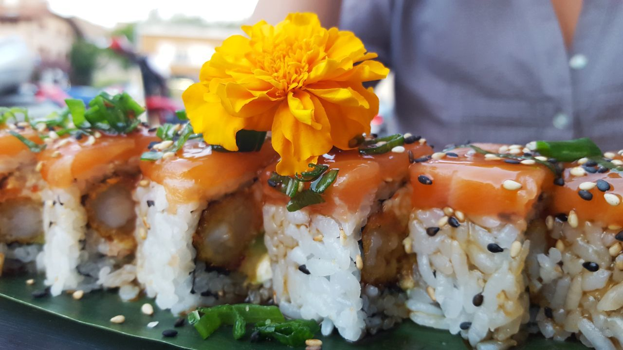 freshness, food and drink, ready-to-eat, seafood, food, plate, serving size, sushi, healthy eating, close-up, indoors, focus on foreground, flower, day, no people