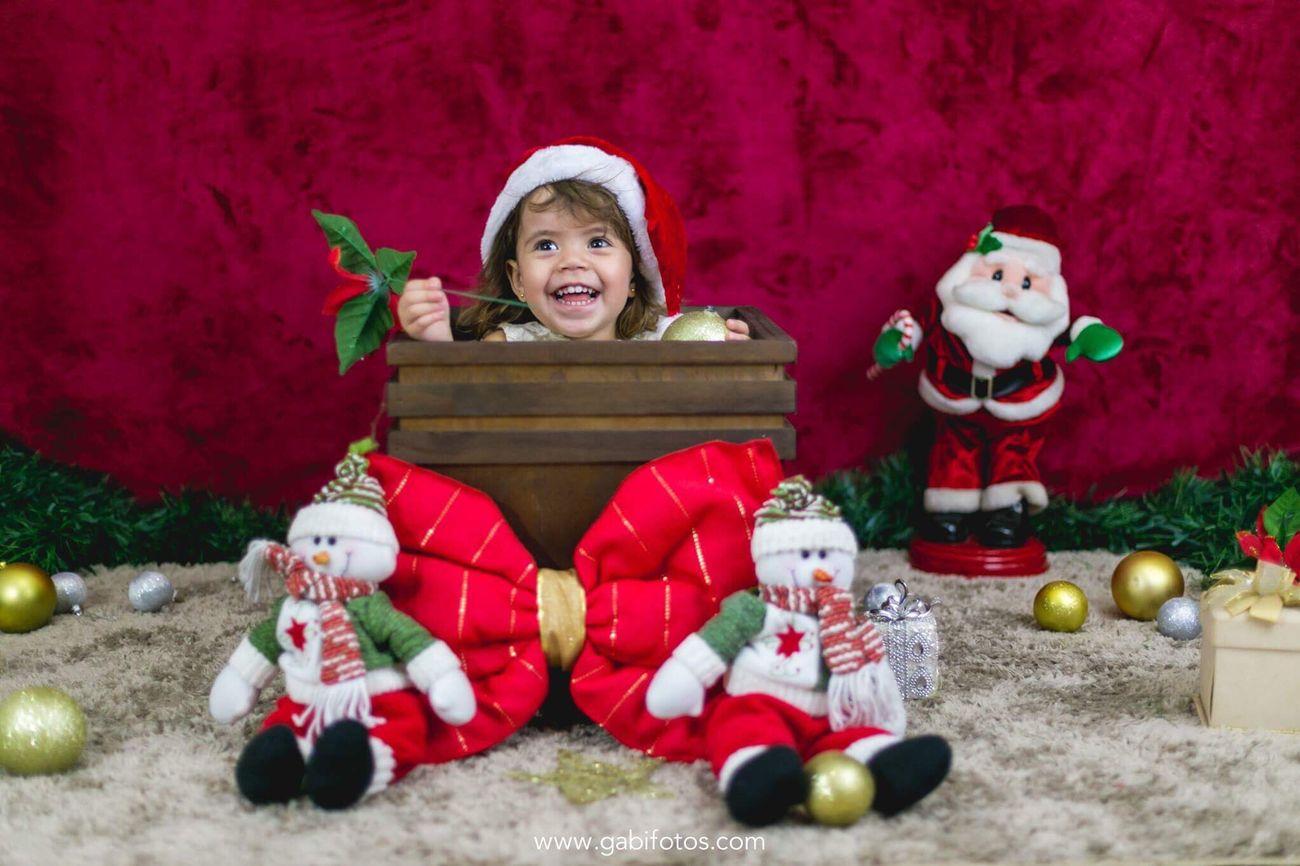 Natal Children Only Happiness Christmas Happy Christmas Papai Noel  Book De Fotos Children Criança Rabanadas Estudio Fotografia First Eyeem Photo