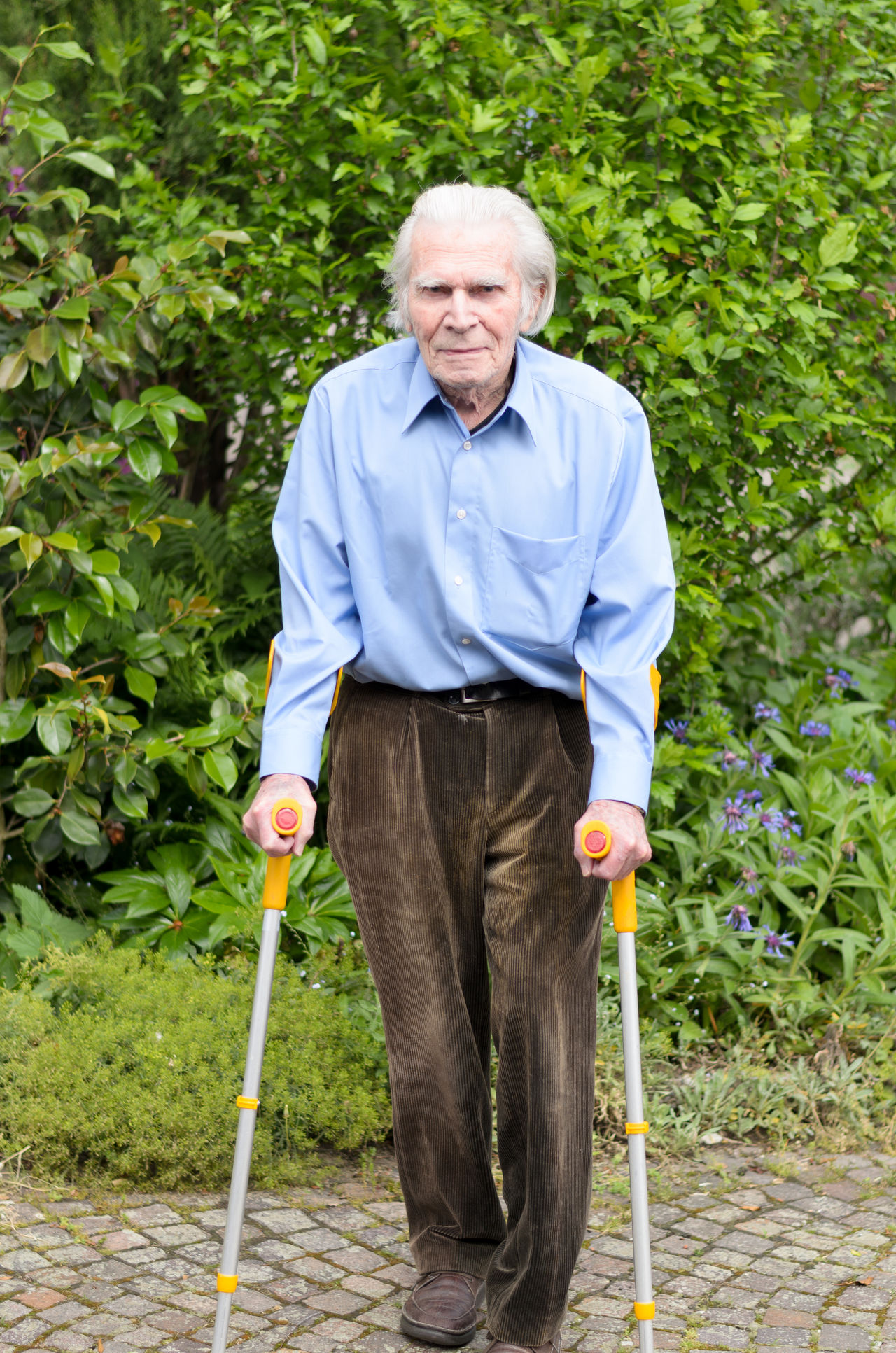 Beautiful stock photos of senior,  80 Plus Years,  Adult,  Adults Only,  Crutch