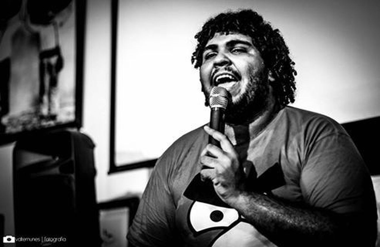 Paulo Vieira, dando um show de Stand Up no Bar Ferreira! / Paulo Vieira, giving a show of Stand Up at Bar Ferreira! Photo Art Show Stand Up