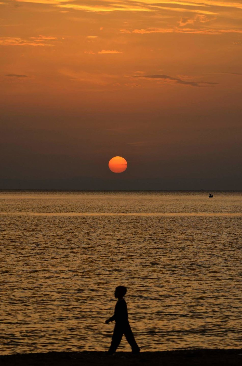 Beach Sea Sunset People Children Only Nature Only Men One Man Only Person Beach Sea Sunset Tranquility One Person Outdoors Silhouette Sport People Leisure Activity Full Length Children Only Nature Cloud - Sky Person Beauty In Nature