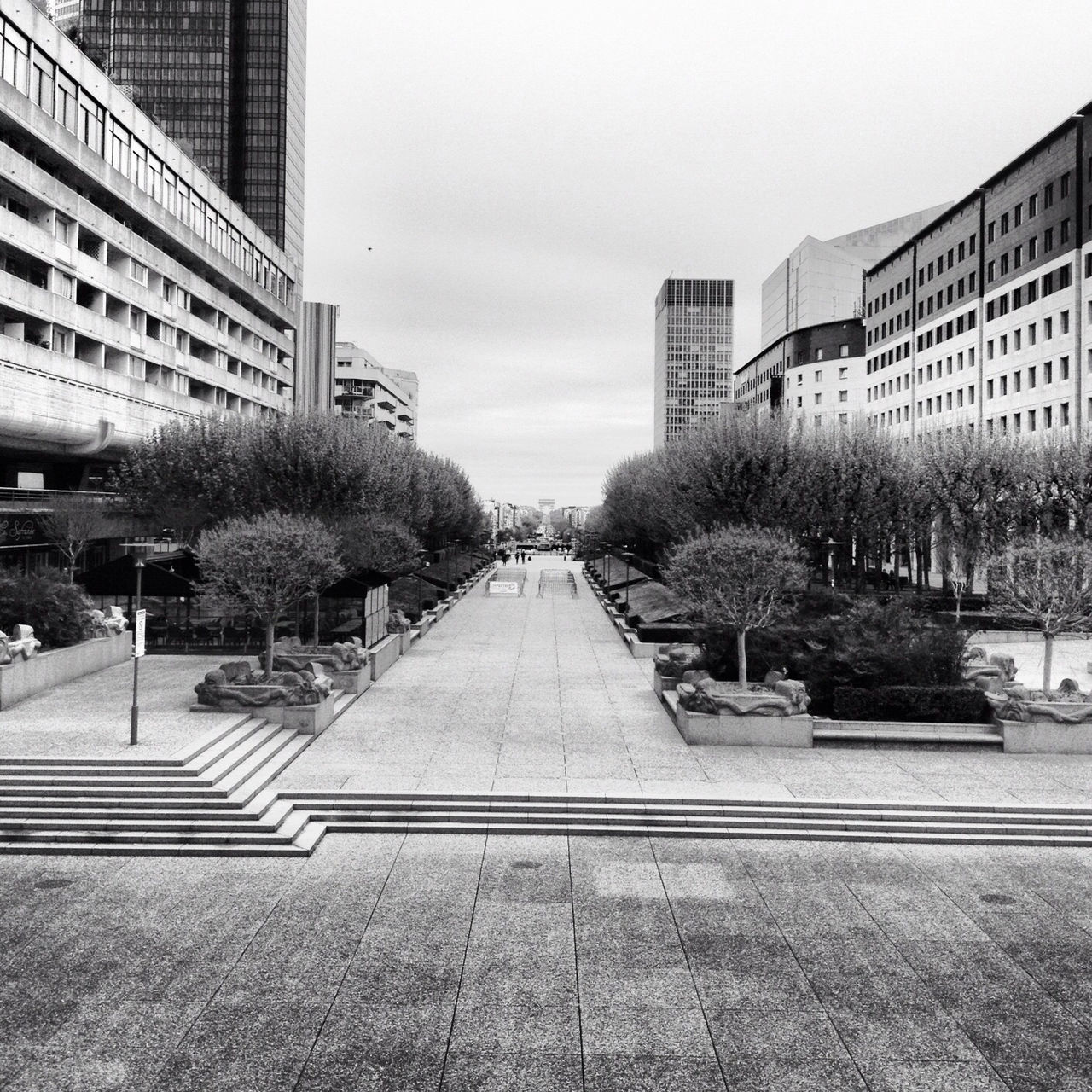 Beautiful stock photos of schwarz weiß, architecture, building exterior, built structure, city