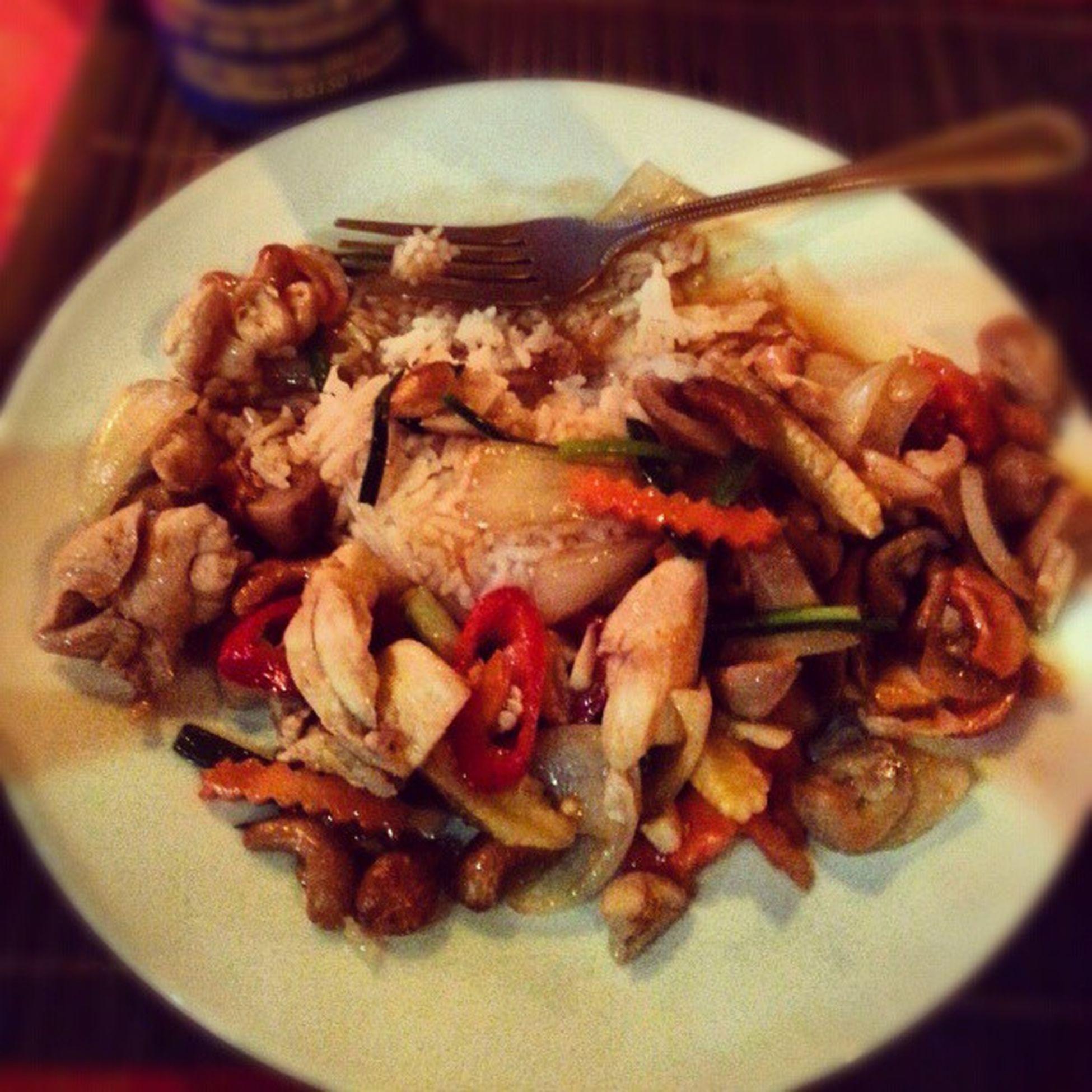 Patong leverar gojävla maten för 25kr (!!!!!!) och kvällsväder på +28 grader varmt! Thailand Phuket Patong Patongbeach perfect goodlife happy