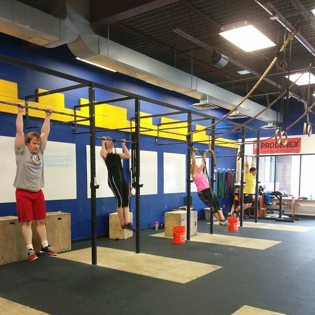 Noon class crushing today's workout! Undisputedsc Crossfit Crossfiteagan HellcatCrossFit training doingwork fitness