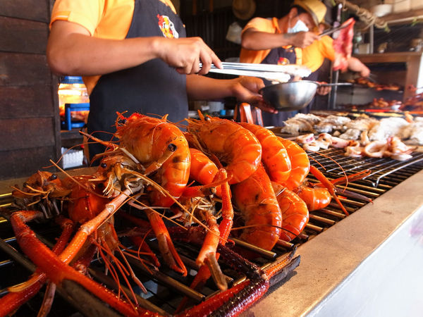 Amphawa  Barbecue Floating Market Food For Sale Freshness Market Market Stall River Shrimp Seafood Spotted In Thailand Thai Food Street Food Worldwide Street Photography