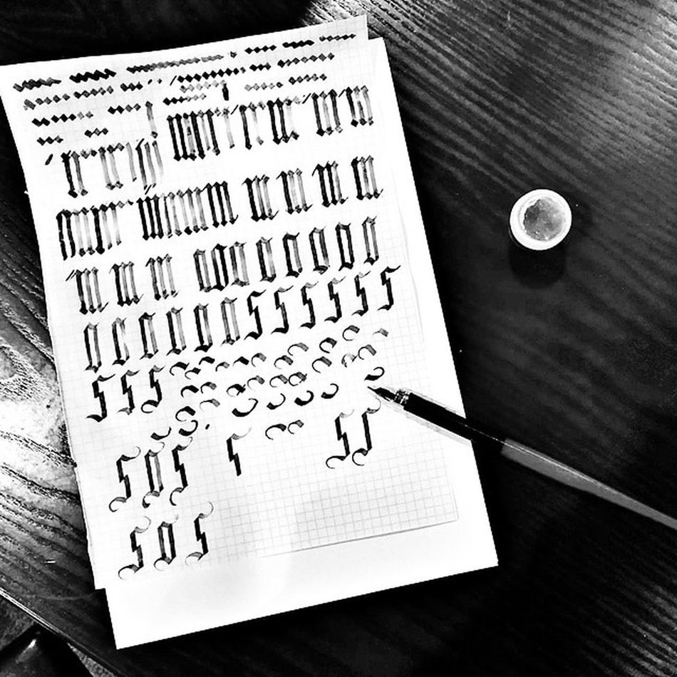 Morning gothic meditation✒⚫〰 Calligraphy BlackInk Ink Freudhouse свободноепространство Gothic Morningmeditation Morning Meditation медитация утренняямедитация тушь чернаятушь перо готика каллиграфия артпространство Artclub готическийшрифт шрифт Calligraphypen Pen Fountainpen Type