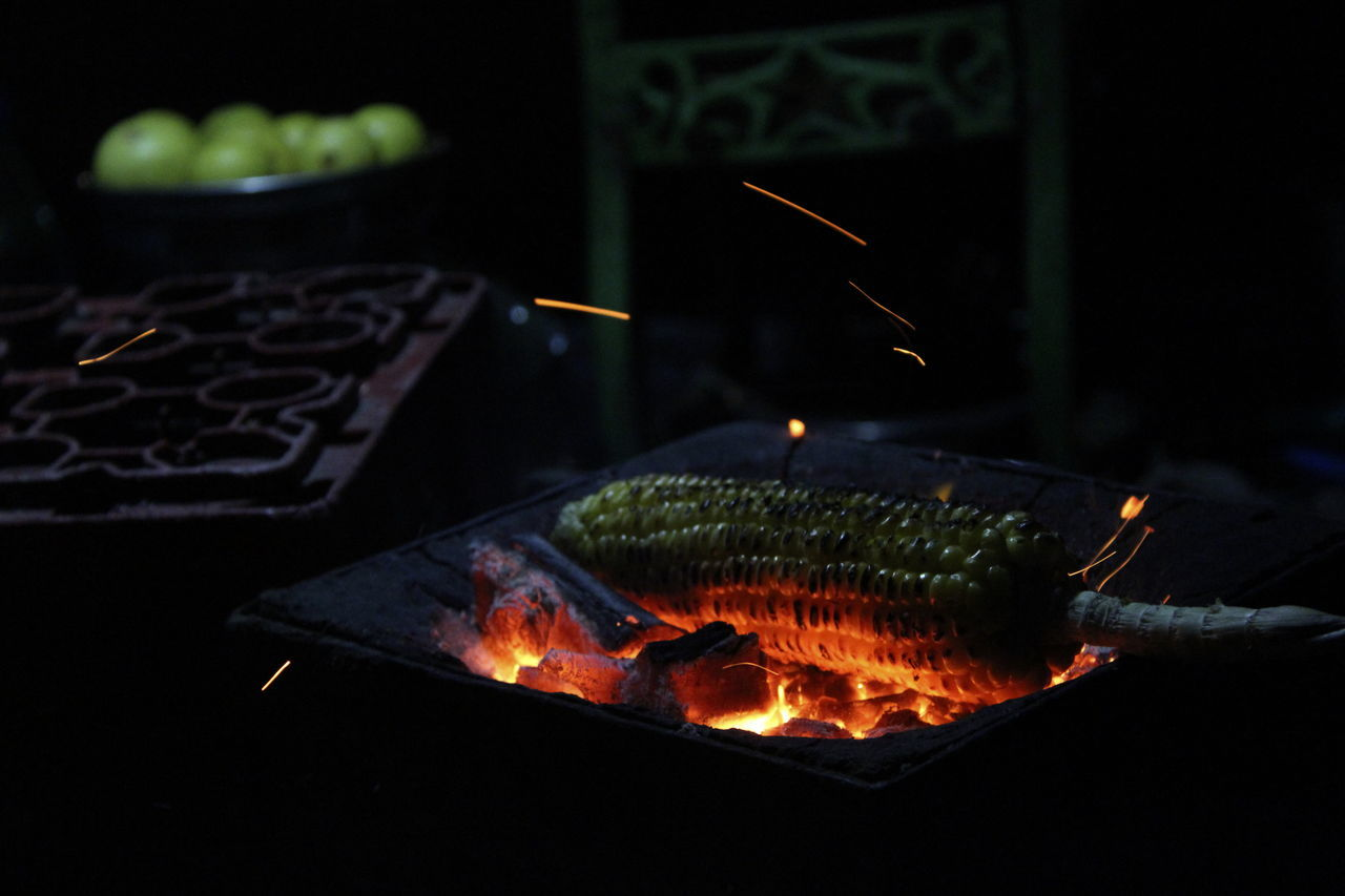 ROASTED CORN ON A COLD WINTER NIGHT Burning Close-up Flame Food Freshness Illuminated Night