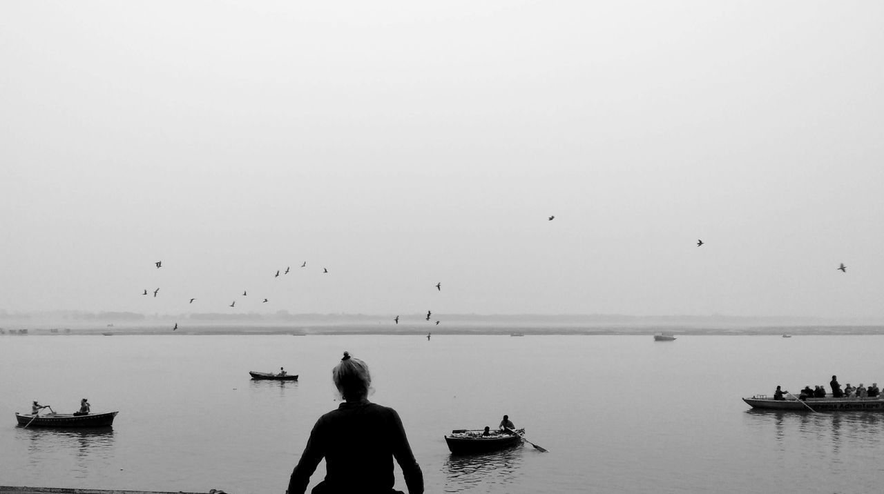 Beauty In Nature Flock Of Birds Incredible_masterpiece Incredibleindiaofficial Traditional Culture BanksOfRiverGanga Historical Site Holyplace Ganges River Travel Destinations Travel Photography Indiatravelgram Ghats Of Varanasi Indianstories Varanasi, India Ganges, Indian Lifestyle And Culture, Bathing In The Ganges, Composition India India_clicks Blessed  Ghatsofganges Black And White Collection  Black And White Photography Mobile Photography EyeEmBestEdits EyeEm Best Shots - The Streets