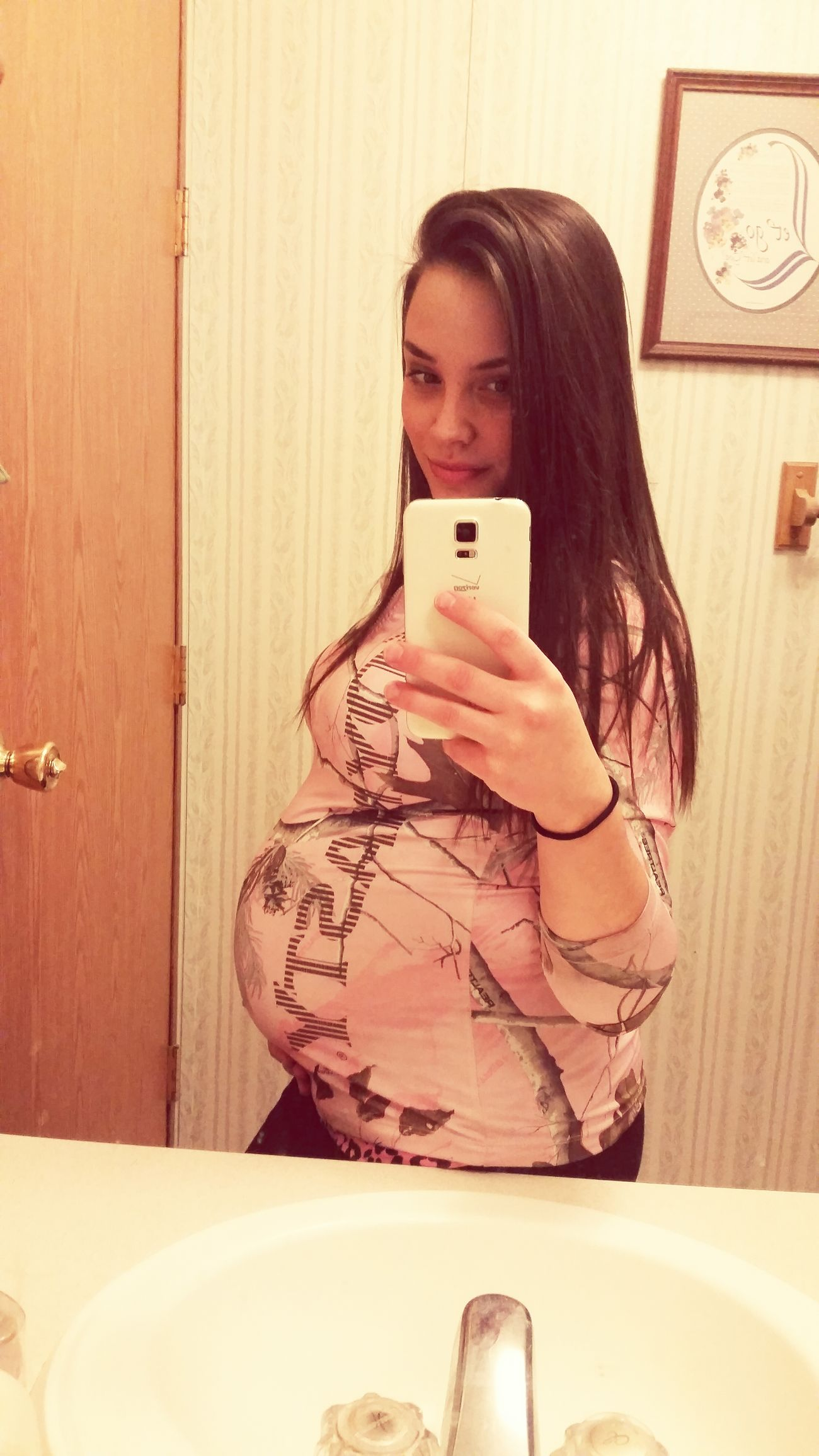 35 Weeks  Baby Bump Enjoying Life I'm Going #selfie Craaazy... Bambino