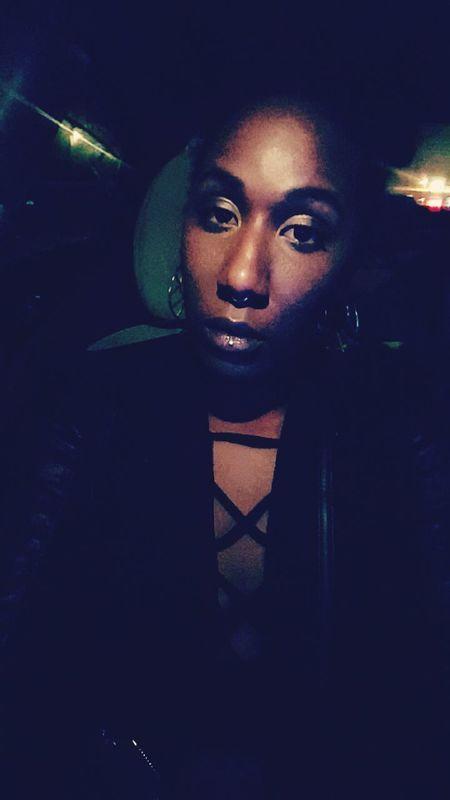 Currentmood NinaSimone Blackandwhite One Person Beautiful Woman Bonjour.♥ Blackgirlsrock Snapchat Me @electriclady_83 Selfie ✌ Black Hair Natural Beauty Black Fashion Hello World Night Tattedgirls