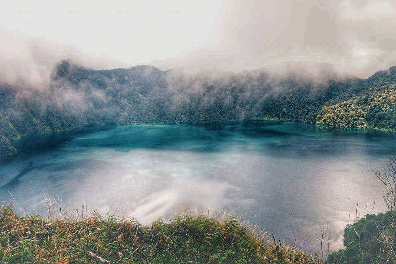 EyeEmNewHere Lake Lakemaughan Lakeholon Lakeholonphilippines LakeHolonMtParker Philippines The Great Outdoors - 2017 EyeEm Awards Travelph PhonePhotography Amateurphotography Trekking Lake Holon Water Scenics Outdoors