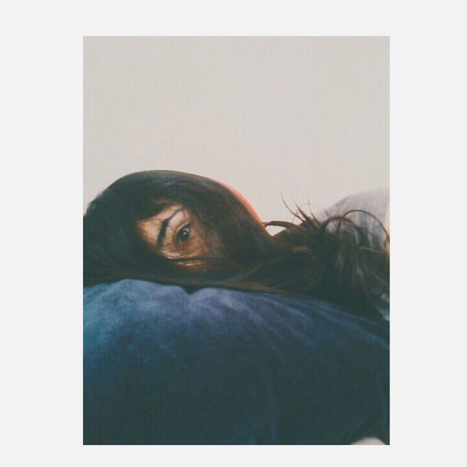 Esos ojos fríos y penetrantes , como fragmentos de cristal. 🌼 One Person Women People Phothograph Photography Photo Day Vanished Faces Of EyeEm First Eyeem Photo Person Sola Silence Desastre Perdida Human Face Human Eye