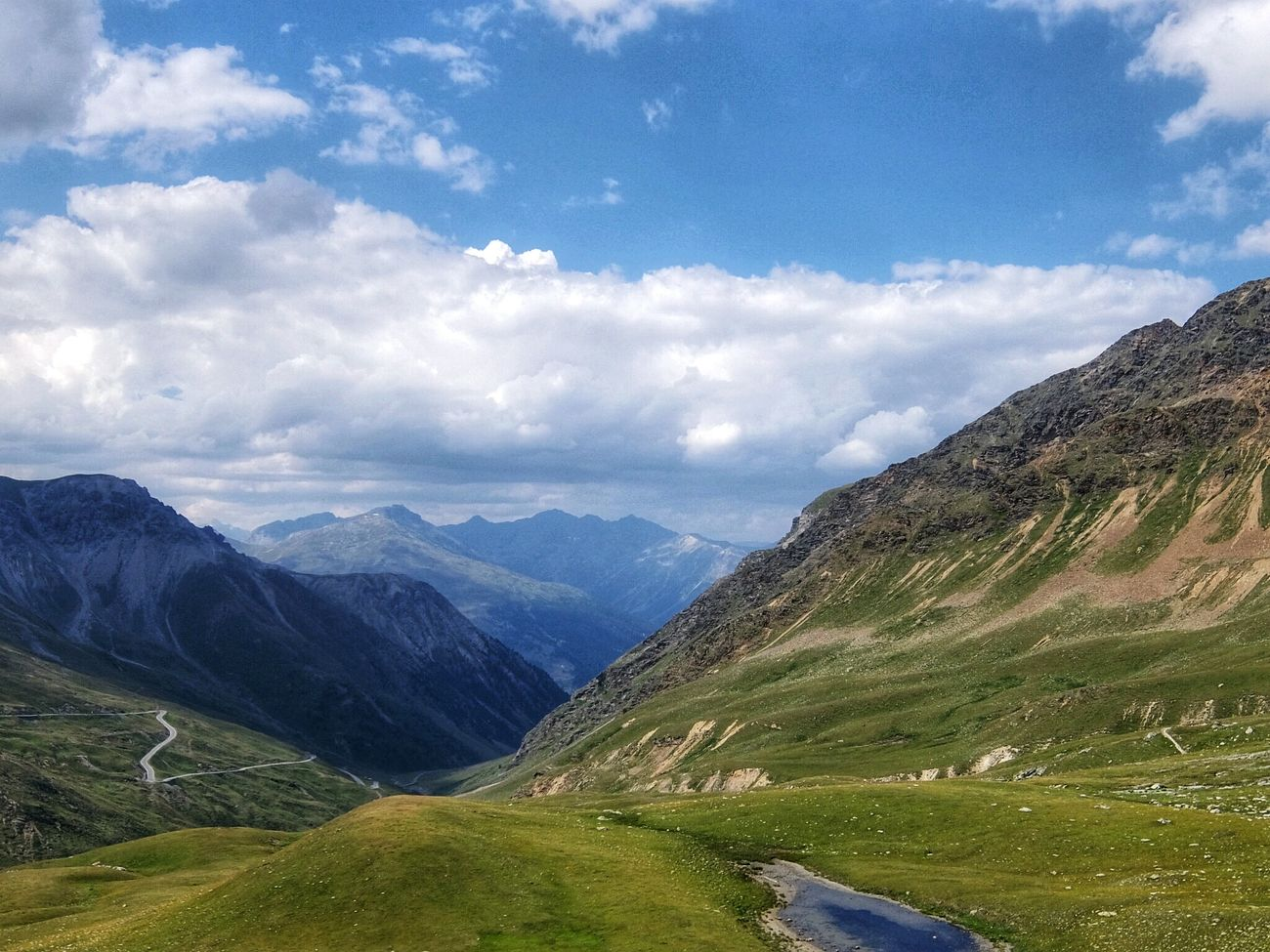 Passo dello Stelvio / Stilfser Joch — the Italian side. The mountain road passes through the Stelvio / Stilfser Joch national park. Stelvio Stelviopass Stilfserjoch Passo Stelvio Valtellina Südtirol Mountains Alps On The Road Fujifilm