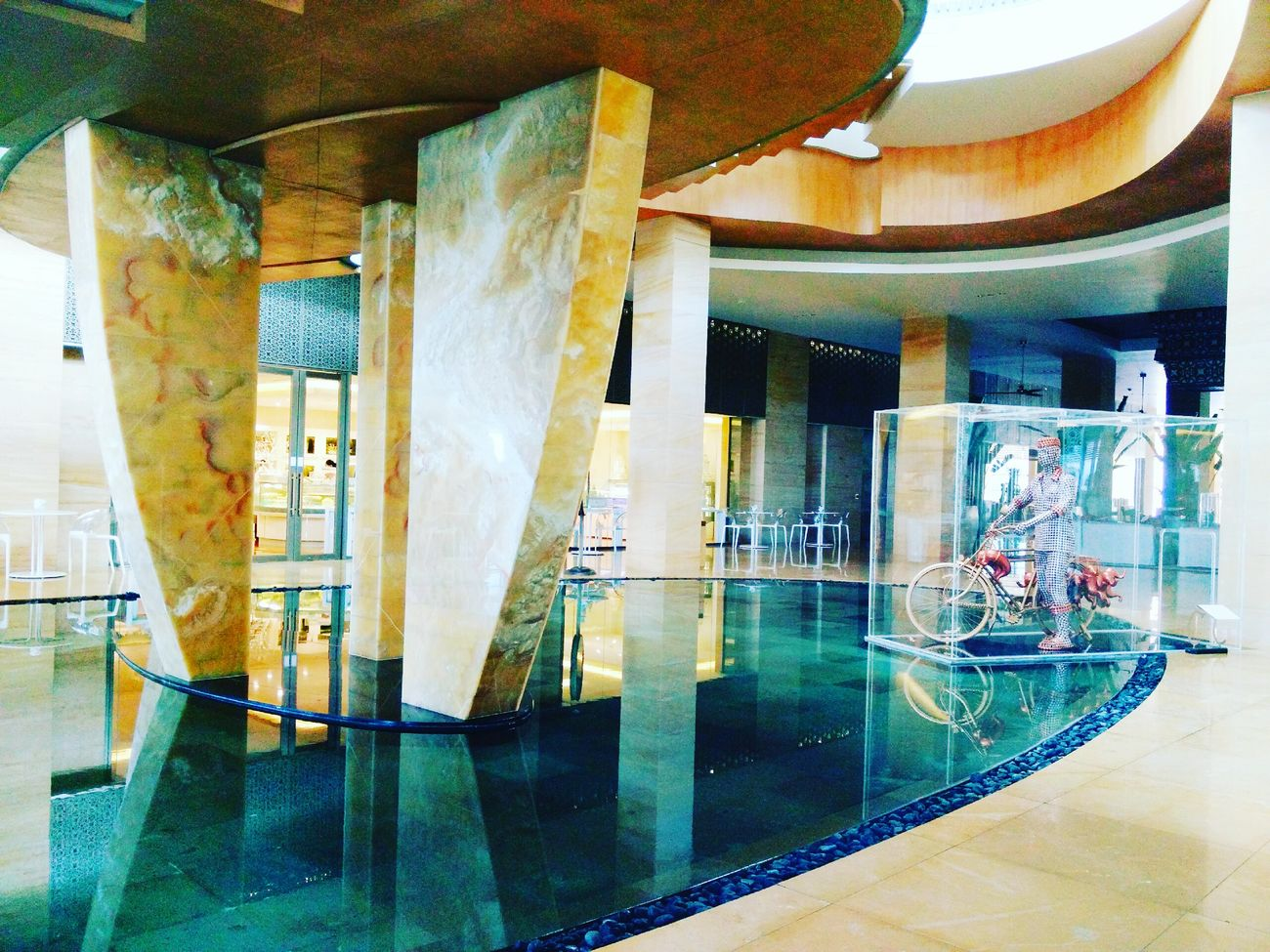Welcome to the Mulia Resort! Architecture Reflection Water Statue Hanging Out Hello World Enjoying Life Bali, Indonesia ASIA EyeEm Gallery