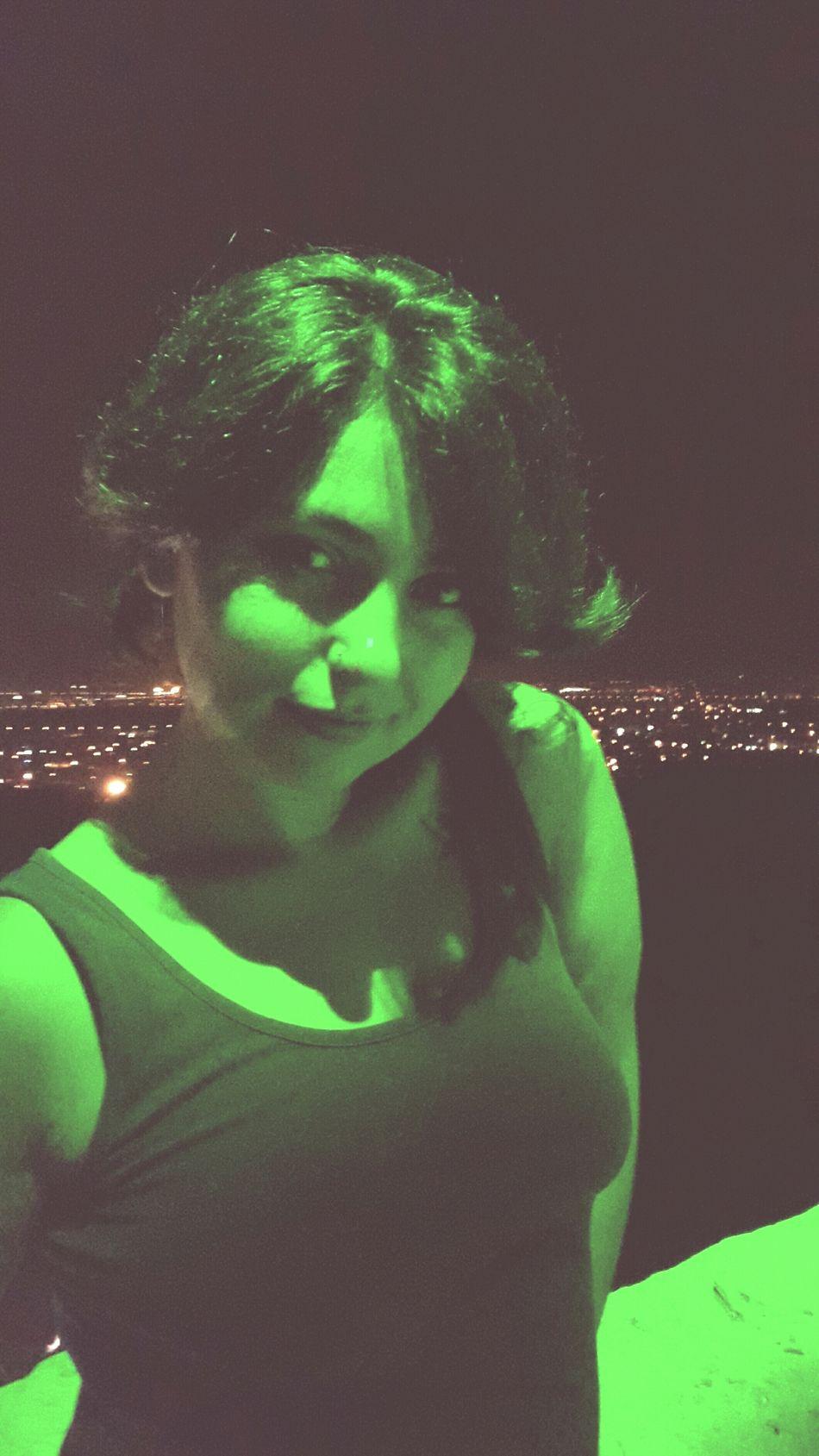 Antalya Siirsokakta Siirheryerde Siirinibiraktim #şair #şiirkokusu #şiiraşkı #poem #poetry #poet #şiirsokakta #şiir Seyirterasi Gece Sehir Ayaklarımın Altinda