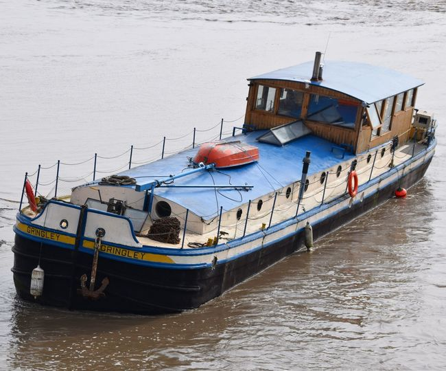 Boat Barge Humber River River Hull Grounded Beached East Yorkshire Waiting Angle Listing Mud Muddy Water City Of Culture 2017 Hull 2017 Hull