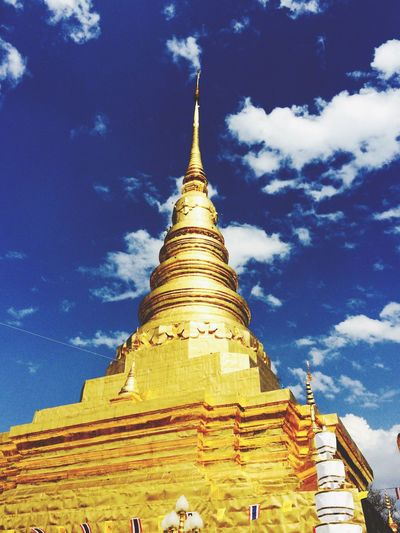 Golden pagoda Hello World Hi! Taking Photos Enjoying Life 43 Golden Moments Thailand Culture Culture Of Thailand Golden Pagoda Pagoda