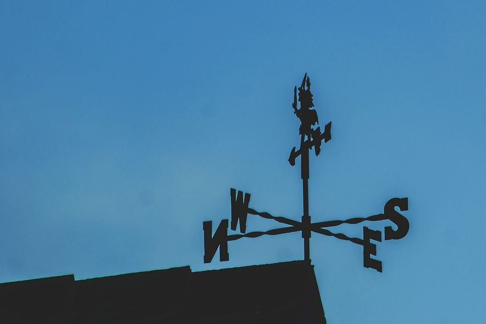 Silhouette No People Clear Sky Sky Weather Vane Outdoors Nature Day Minimalist Architecture Weathercock I LOVE PHOTOGRAPHY For The Love Of Photography Silhouette
