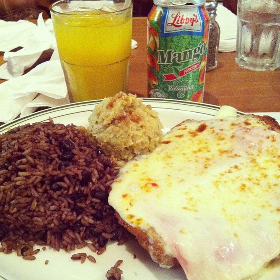 Eating Cubanfood Congri Fufu Bistecempanizado Calleocho Miami ???