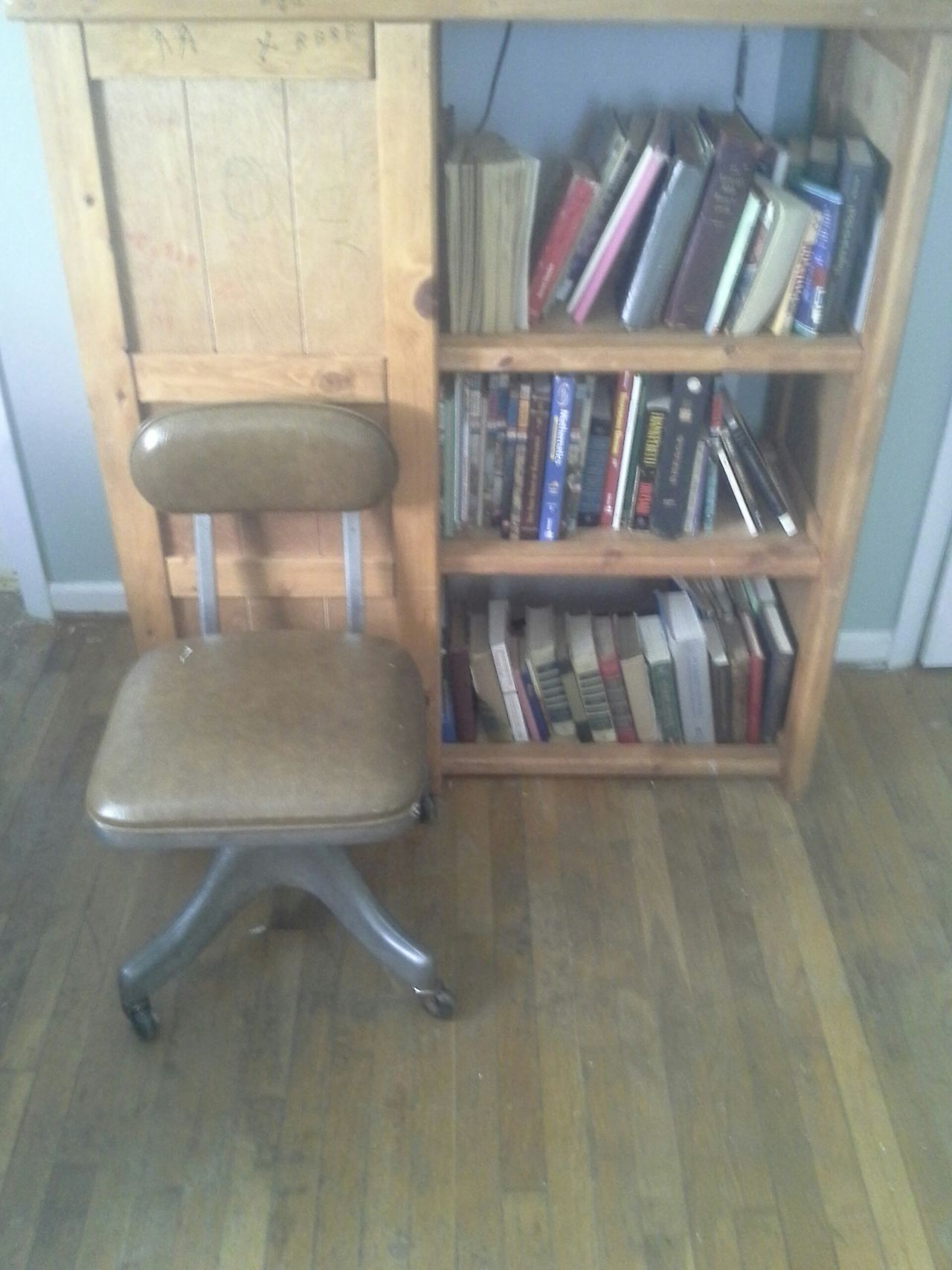 Bookcase Books Antique Chair Brown Leather Office Chair Rolling Chair Swivel Chair Comfortable