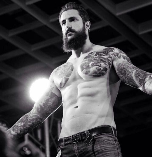 Tattooed Rockabilly Beardlife Tattooedmen Beard Man With Tattoo Beardporn Italianbeard Beardedguy That's Me