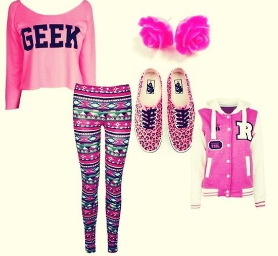everybody girls !!! Like for the clothes SWAG !!!! <3 *0*