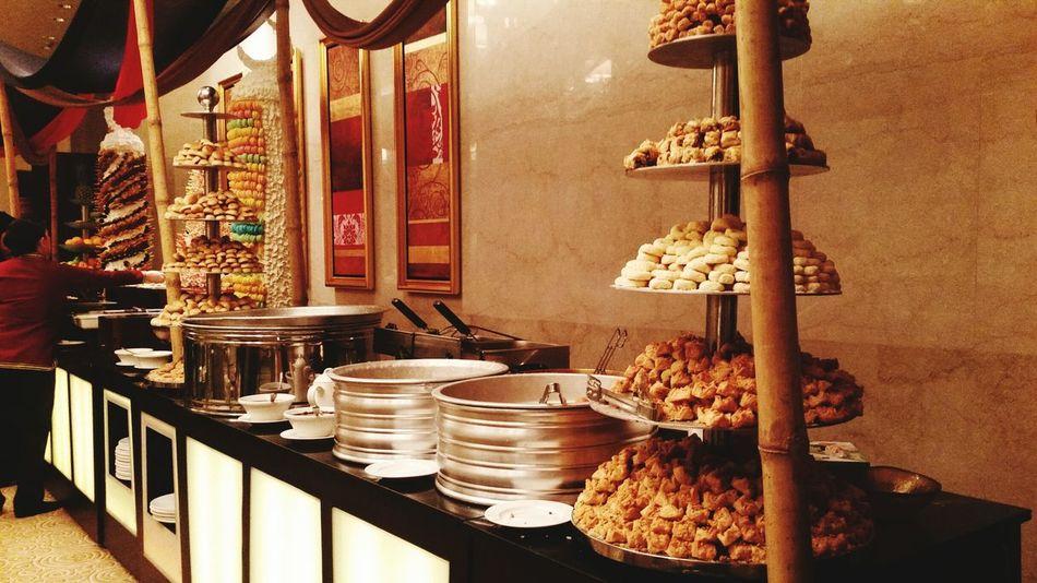 The Mix Up Iftar EyeEm Gallery EyeEm Hiltonhotel Eyeemphotography EyeEm Team EyeEmSweet Eyeemdesign EyeEm Qatar Sweets Arabic Arabic Food