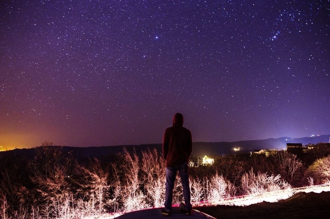 Star - Space Night Astronomy Milky Way Space Galaxy Sky Star Field Nature Beauty In Nature Ethereal Constellation One Man Only Landscape One Person Adults Only Men Only Men Adult