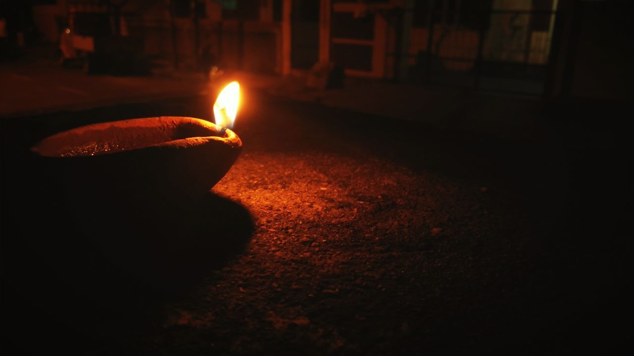 Spread light. Night Diwali Traditional Festival Celebration Flame Diya - Oil Lamp Heat - Temperature Dark Cultures Burning Illuminated Tradition Luminosity Beauty Oil Lamp Light Lamp Diwali Lights EyeEmNewHere EyeEm Best Shots Lamplight Oil Lamps Tradition Lights And Shadows Light In The Darkness EyeEmNewHere