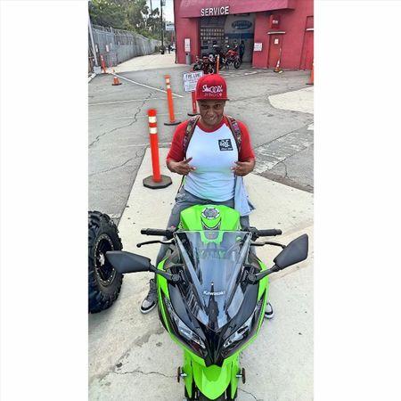 Ladies ride too!!!! Enjoy you're first bike Yates! Fly low! Yamaha Kawasaki Suzuki Triumph Ducati Ktm Wheelie R1 R6  Moto Panigale Motogp S1000rr SuperSport Sportbike Gsxr Zx6r Cbr Bmw Motorbike Supermoto Motorcycle Ninja Honda Love picoftheday s1k 636 femalerider
