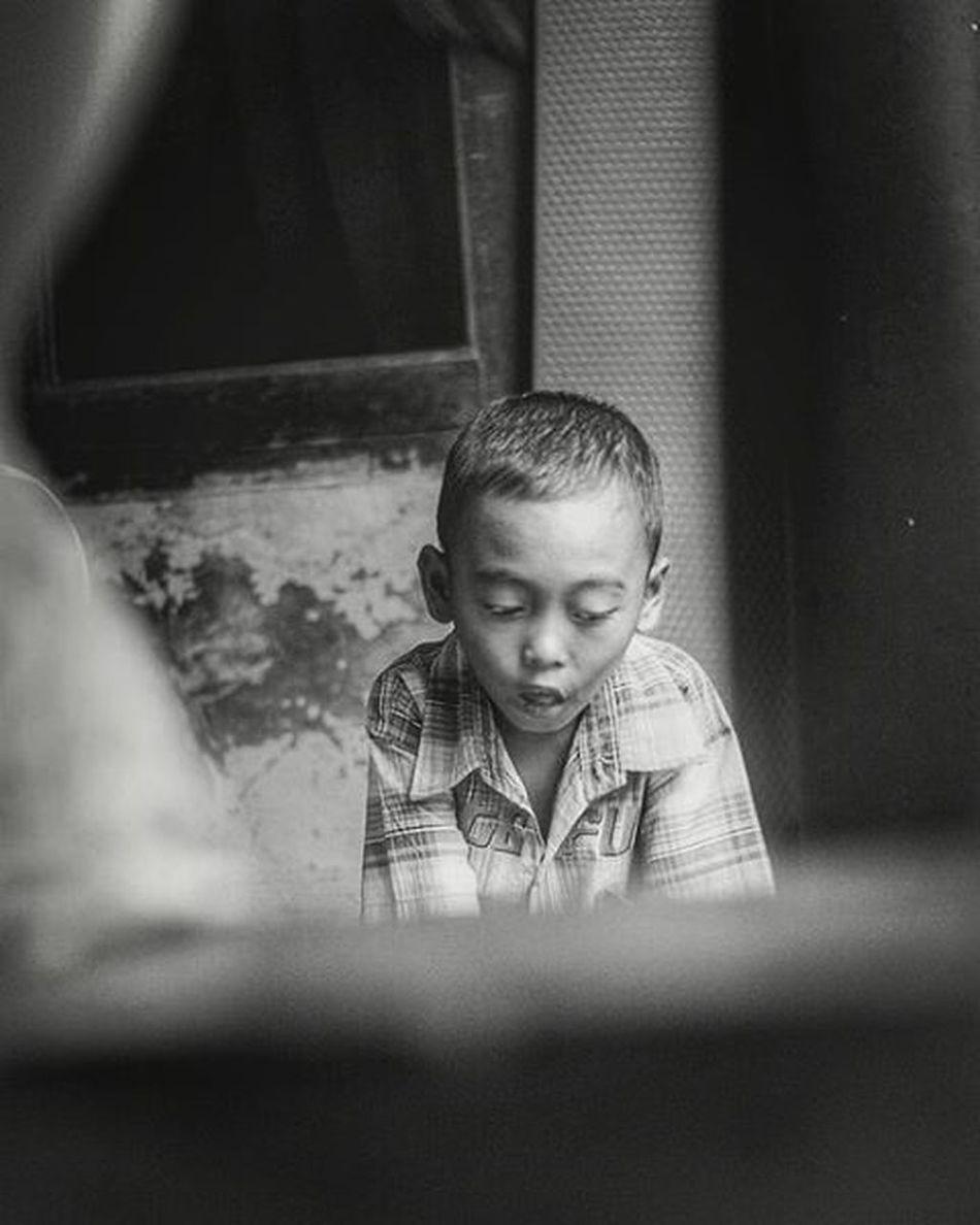 ~•~ . . . . . . . Noirmood Noirportrait Portraits_ig Portraits Portraiture Bnw_life Bnw_captures Bnw_planet Bnw_society Blackandwhite Blackandwhitephotography Blackandwhitephoto Igphoto Instaportraits Portraitmood PortraitPhotography Portrait_perfection Children Candid Candidmoments
