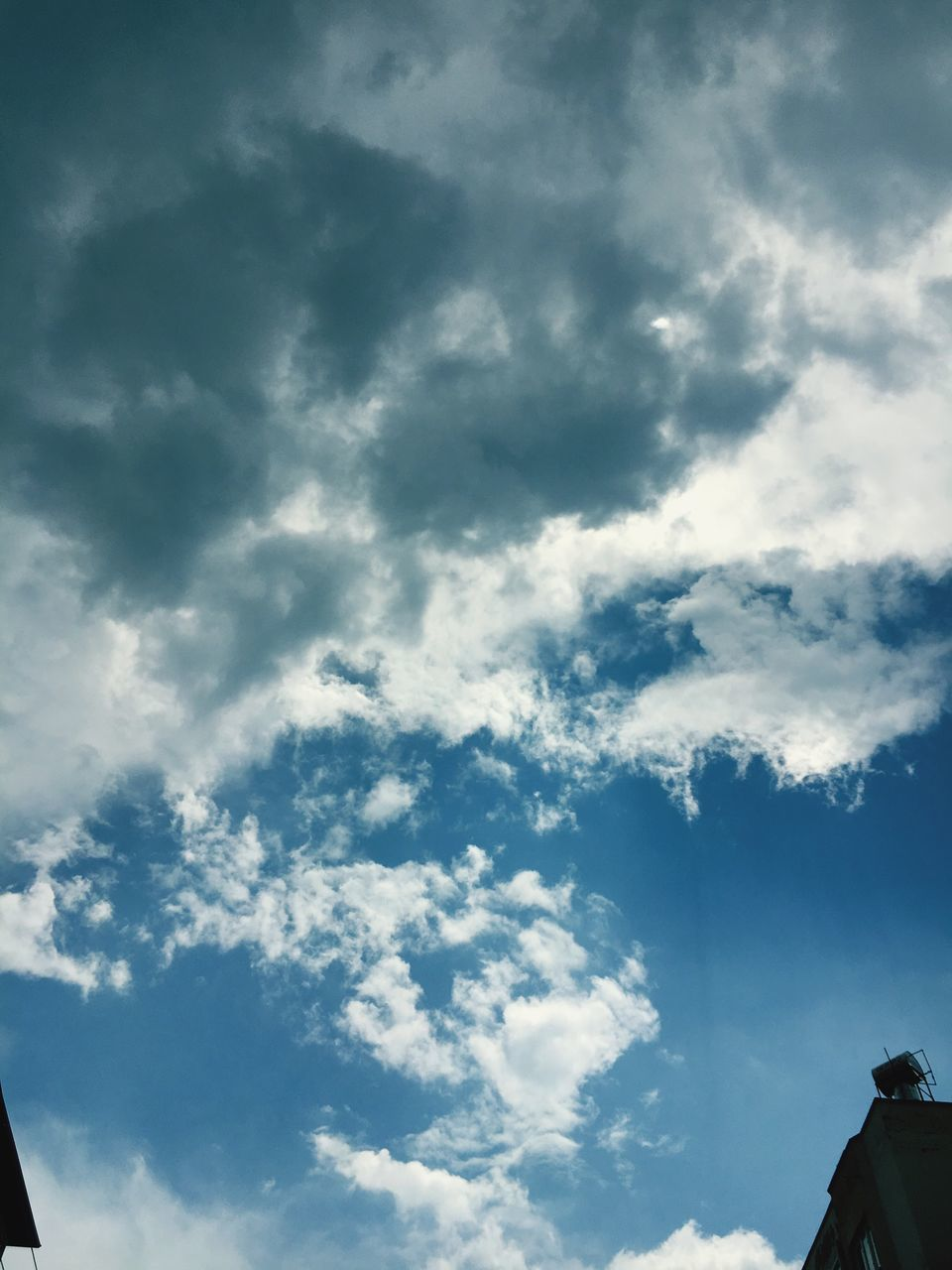 cloud - sky, sky, low angle view, beauty in nature, nature, day, no people, scenics, tranquility, outdoors, backgrounds, full frame