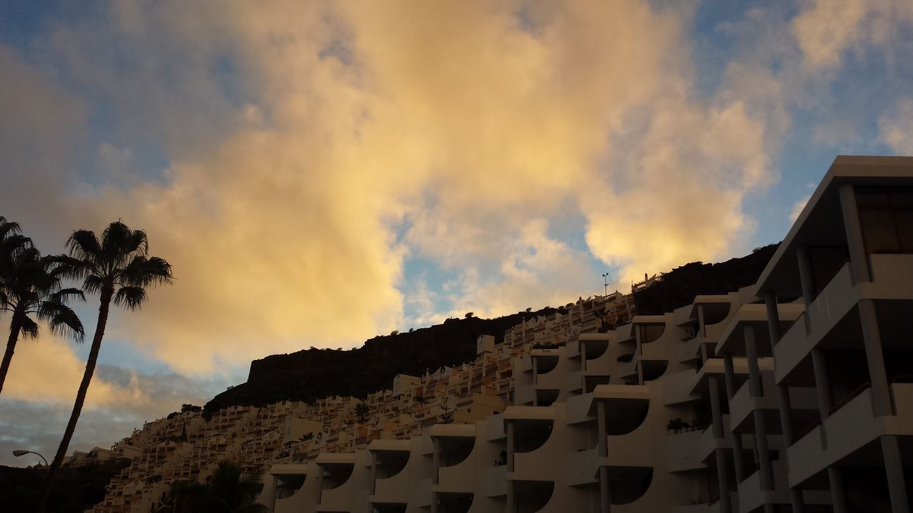 PlayaDelCura Gran Canaria Sky And Clouds Landscape
