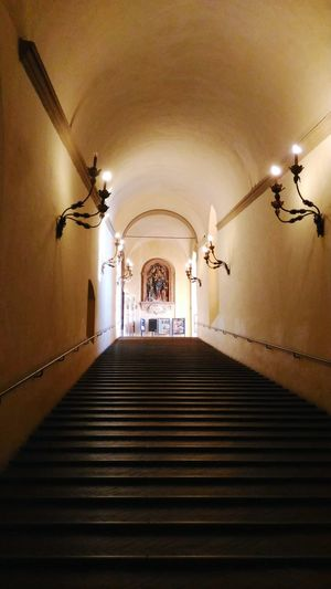 Scalone Palazzo D'Accursio Scala Di Ingresso EyeEm Selects Arch Indoors  History Staircase Corridor The Way Forward No People