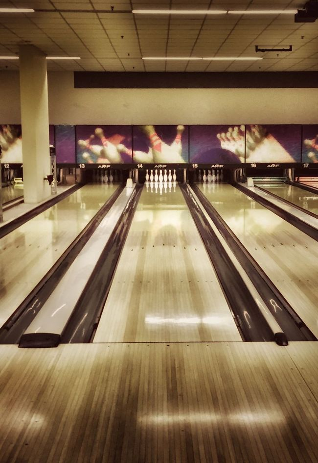 Bowling Bowling Alley Bowlingnight Play Playing Fun Pins Strike! Spare Bowling Pins