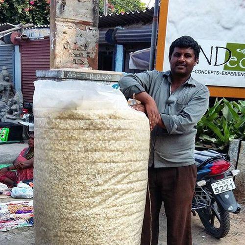 Insta India - Share a bag of popcorn? Instaindia Streetphoto Mahabs WHPLocalLens