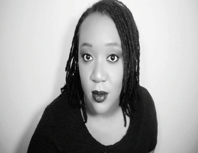 Young Women Eye Make-up Fashionable Eyeshadow Glitterlips Glitter Glowing Lifestyles Plussize RASTA Perspective Femininity Blackgirl Selfportrait Photographyislife Mattelipstick Makeupaddict MakeupJunkie Beautyblogger MatteLips Illuminated Portrait Beauty Darkroom Black And White Photography