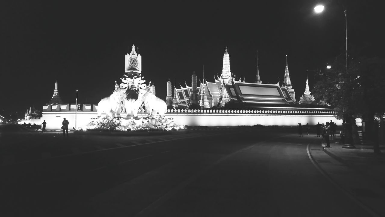 Night Architecture City Thailand Grand Palace Bangkok Thailand Xperiaphotography Black And White